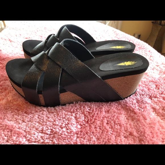 Volatile Black Leather Criss Cross Wedge Sandals